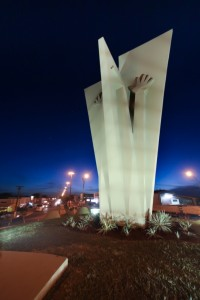 Ok Dourados monumento ao colono 2 (2)